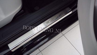 Afbeeldingen van Rvs instaplijsten Toyota corolla (4deur) 2007-2013