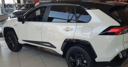 Afbeeldingen van Stootlijsten Toyota Rav4 2019-