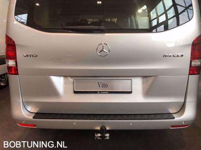 Afbeeldingen van Zwart aluminium traanplaat bumperbescherming Mercedes vito w447 2014-2019 | 2020+