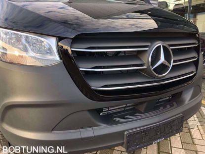 Afbeeldingen van Rvs grill Lijsten Mercedes Sprinter W907 W910 2018+